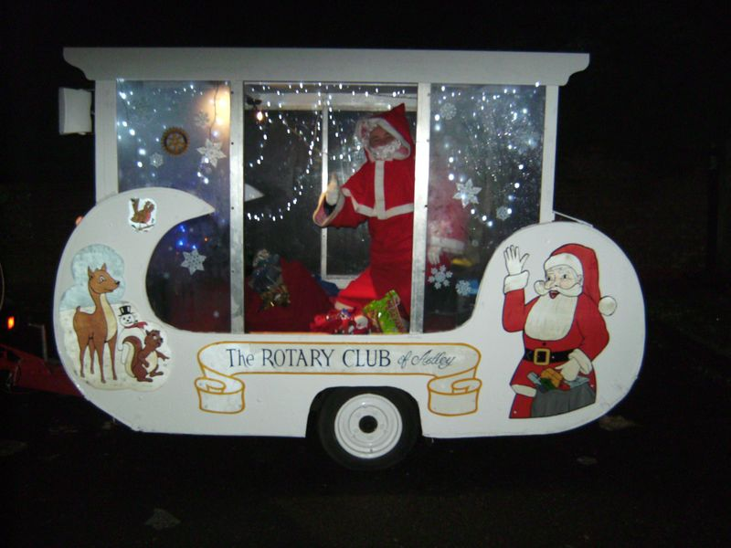 Rotary Christmas Float 2012 001