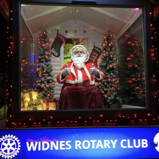 Widnes Xmas Rotary Float 2017