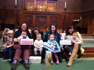 Praise and Play with Shoeboxes