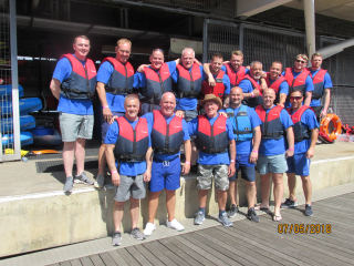 Runcorn Rotary Dragon Boat Team  ready for Action